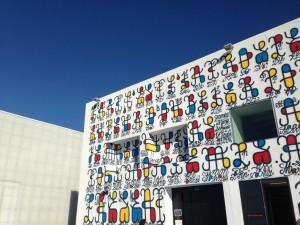 Uno de los edificios de La Friche. Foto: © OTCM para Marseille Tourisme.