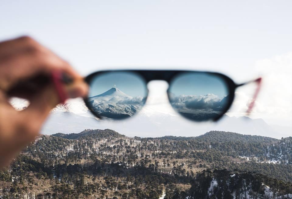 4e7a230568 Vuarnet, las gafas de sol que amaban los esquiadores e iconos como ...