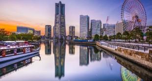 36.010 kms y 11 días, 42 minutos es lo que hubiera tardado Fogg si hubiera hecho su viaje en el siglo XXI. En la foto, la ciudad de Yokohama de Japón.