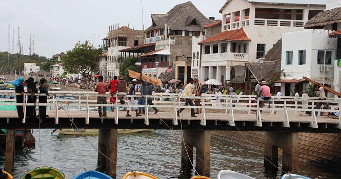 El ajetreo en la ciudad de Lamu. Foto: afrikable.org.