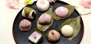 Distintos dulces Sakuramochi.