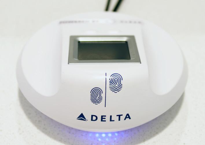 Los miembros del Delta Sky Club podrán utilizar lectores de huellas dactilares para acceder a las salas VIP.