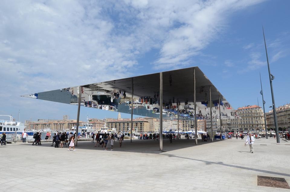 L'Ombrière de Foster. Foto: © Vdm para Marseille Tourisme.