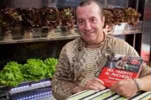 El chef arguedano invita a los ciudadanos a criar un pequeño huerto.