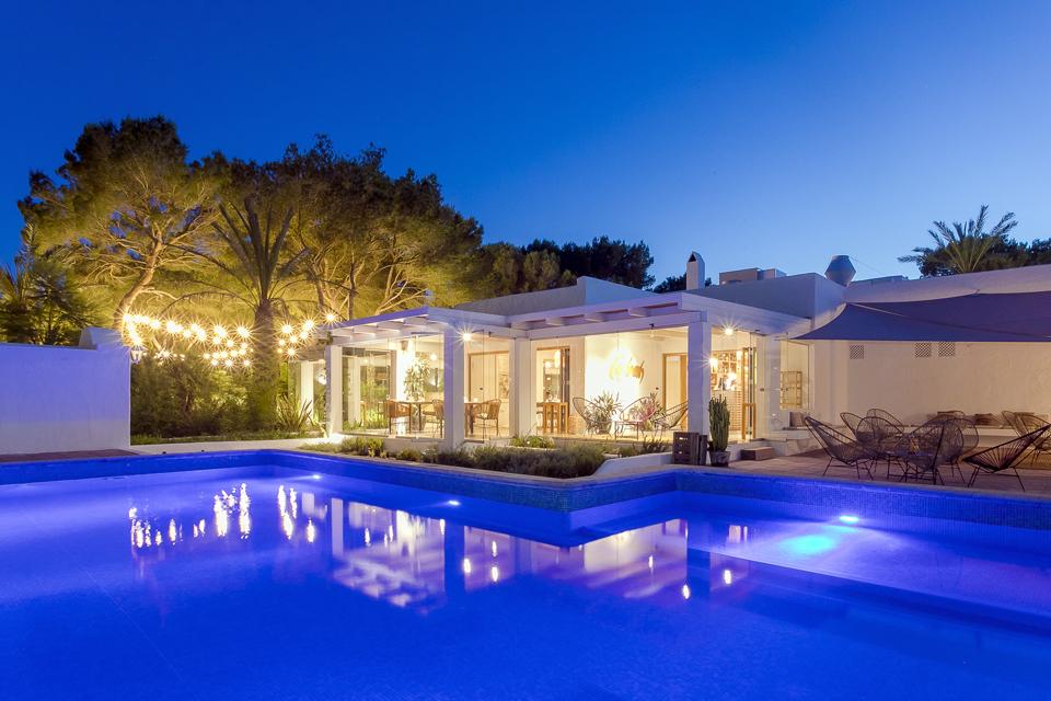 Casbah es el restaurante del hotel del mismo nombre, Hotel rural en medio de Formentera situado en la zona de Mitjorn.
