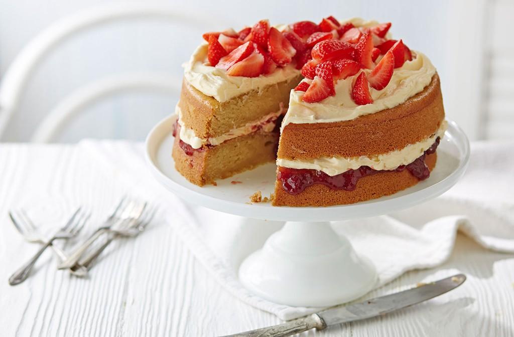 De la tarta Victoria Sponge de Londres, pasando por la Sachertorte de Viena, a la Napoleonka de Varsovia.