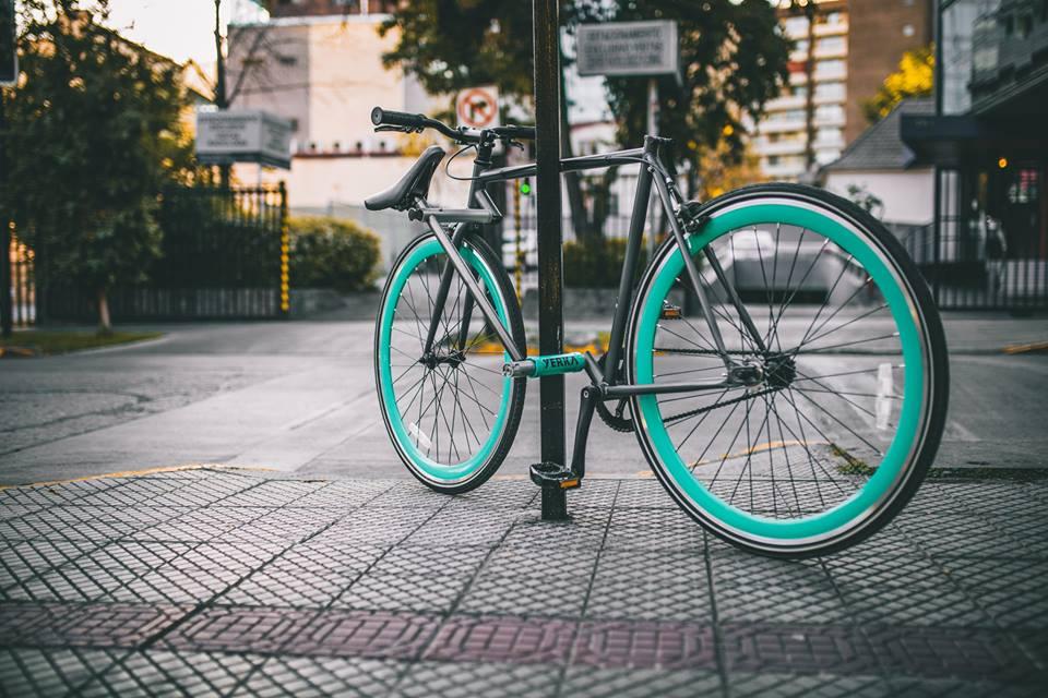 Tecnología patentada diseñada para proteger la bicicleta de forma óptima ante posible robo.