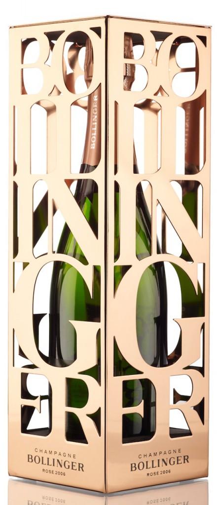 Que sea ligero, suave de alcohol y refrescante -unas características muy del gusto actual de los aficionados con criterio para cualquier tipo de vino- hacen que el champagne rosé sea perfecto para el verano.