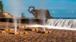Peine de los Vientos de Chillida en San Sebastián.