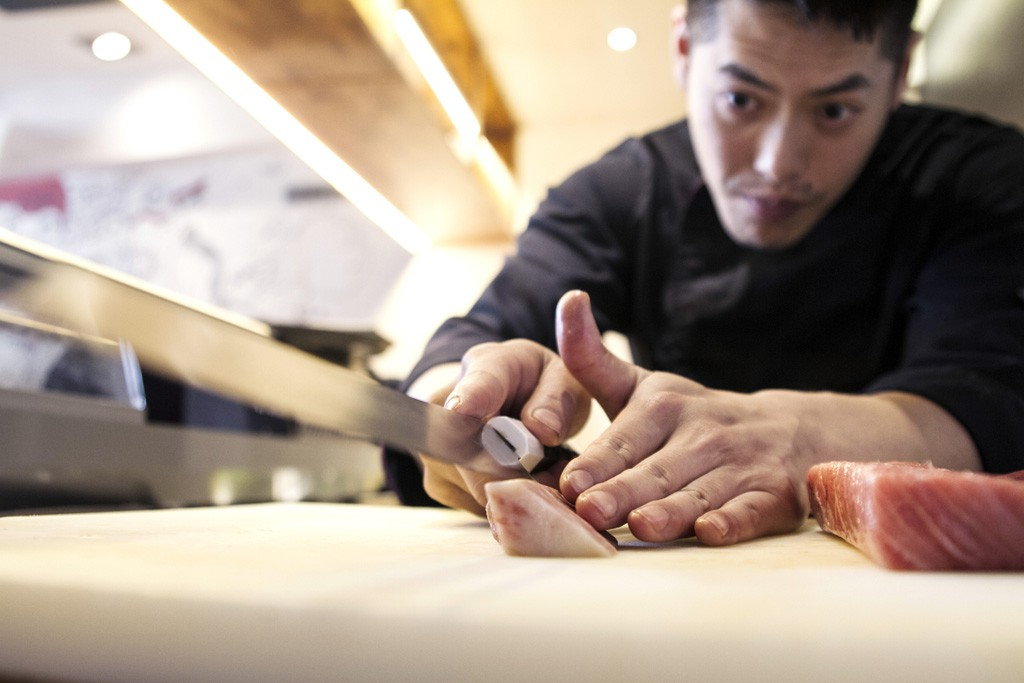Yong Wu Nagahira tiene 29 años y una formación académica internacional.