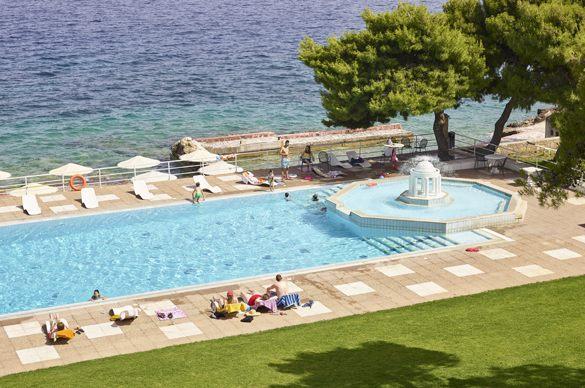 El sector hotelero se muestra optimista, moderadamente, para la nueva temporada de verano. Foto: pwc.es