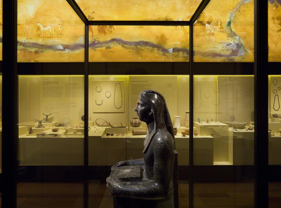 Tres son los museos de imprescindible visita en nuestro país para los amantes de Egipto y su cultura: el Museu Egipci de Barcelona, el Liceo Egipcio de León y el Arqueológico de Madrid (MAN). En la foto, sala de Egipto del MAN.