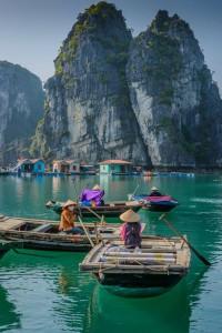 Vietnam y sus características barcas redondas.