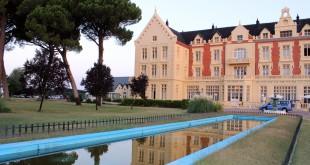 El Balneario Gran Hotel Las Salinas se halla en las proximidades de Medina del Campo (Valladolid).