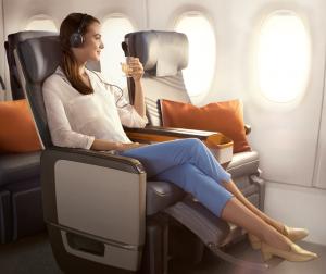 Asiento de la clase Turista Premium en la aerolínea de bandera de Singapur.