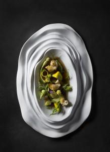 Zucchini, caracoles de mar, albahaca.