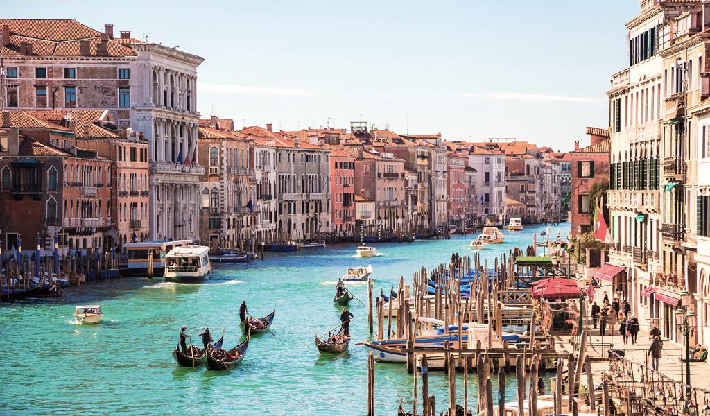 easyJet nuevas rutas Sevilla Venecia