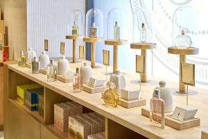 Lugar de encuentro de perfumes y pâtisserie.