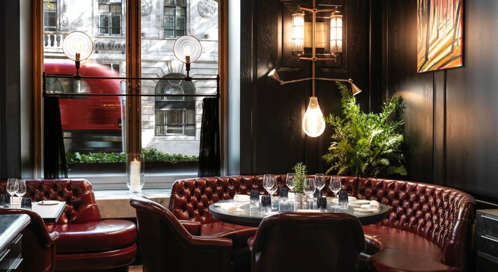 El nuevo restaurante de Tom Kerridge se localiza en un lujoso hotel cerca de Trafalgar Square.