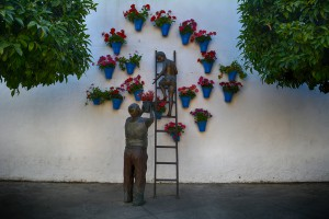 Monumento a la Fiesta de los Patios en San Basilio, Córdoba en Otoño