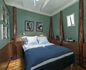 Los 12 metros cuadrados de la habitación del  Hotel Central & Café en Copenhague.