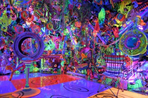 "La ""Cosmic Cavern"" de Kenny Scharf."