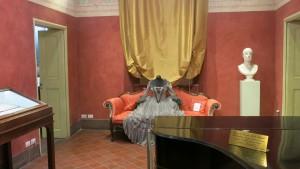 De una familia de músicos, su casa natal es hoy el Museo Giacomo Puccini.