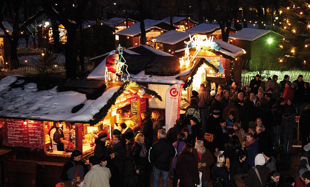 En Viena, el aroma de la repostería típica de estas fechas y del ponche caliente despierta el espíritu navideño.