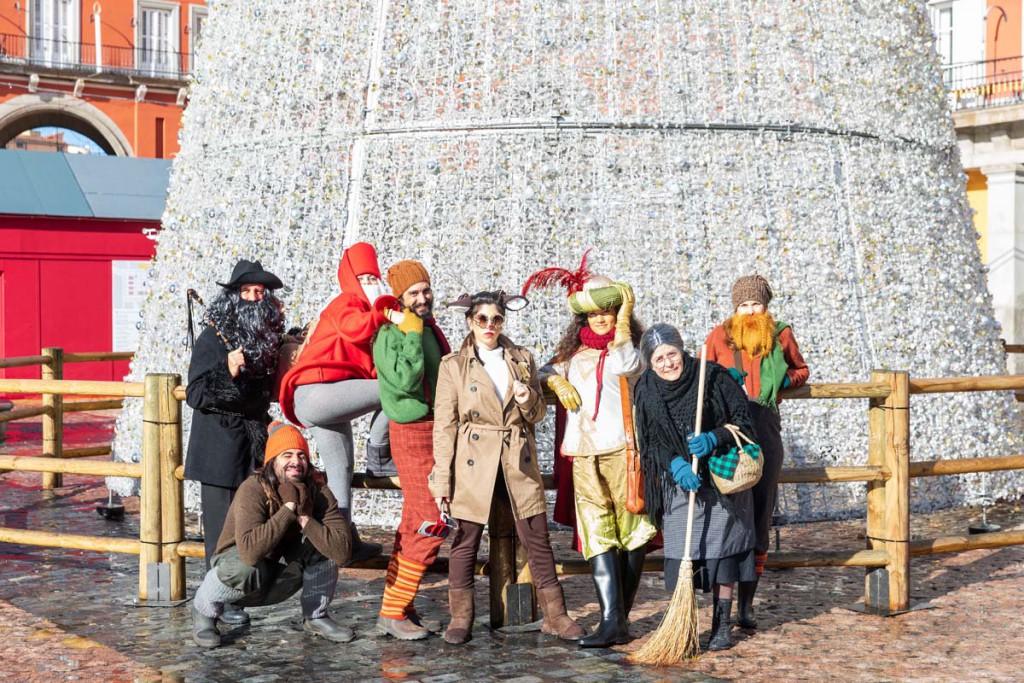 Este año Rudolph, Père Fouettard y un paje de los Reyes Magos, junto a otros personajes navideños pasan las Fiestas en Madrid.