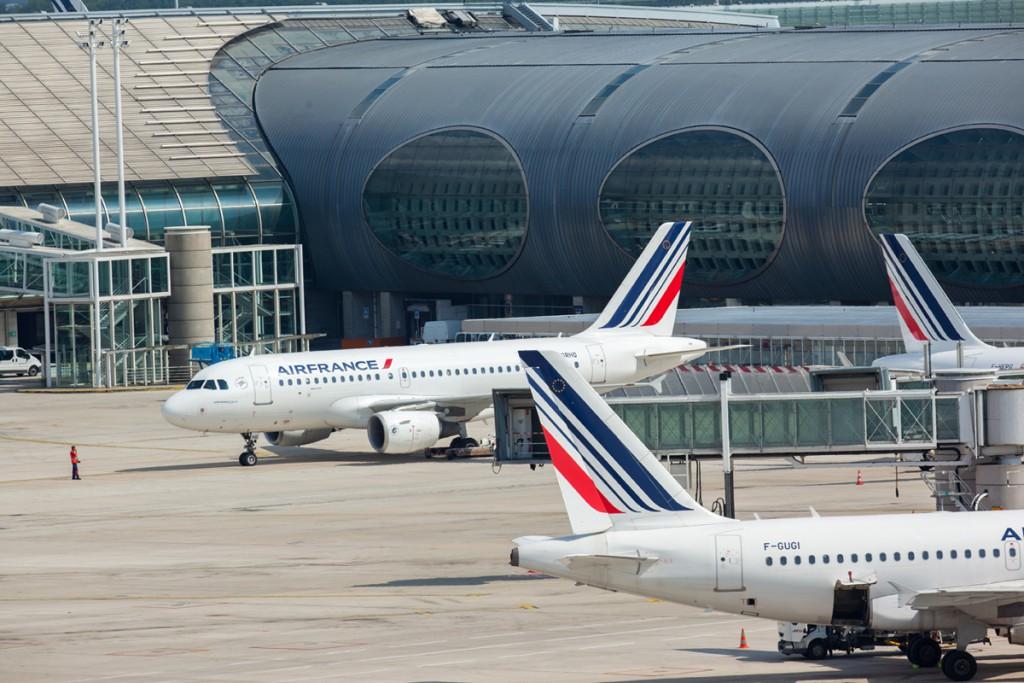 Airbus A318 de Air France en París-Charles de Gaulle.