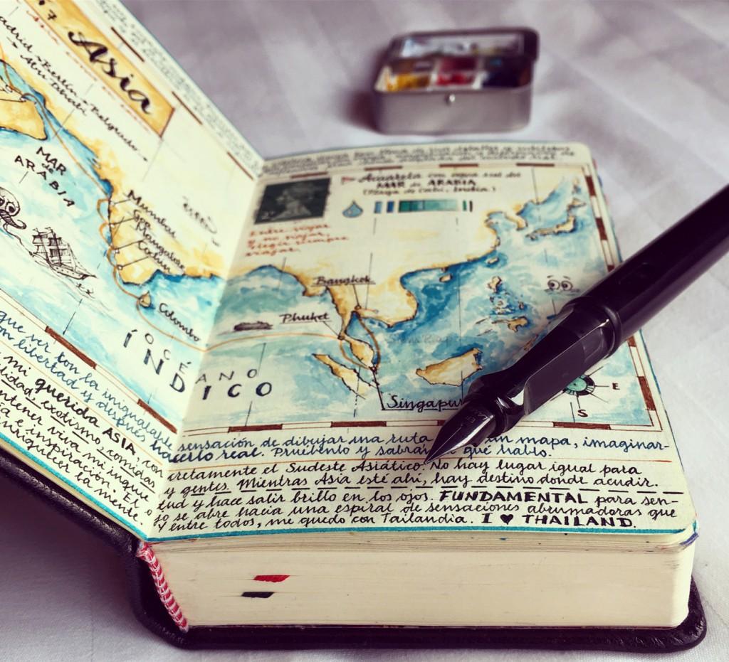 Sus cuadernos son pequeños espacios de libertad donde cabe todo.