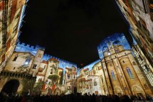 El Palacio de los Papas acoge lo último en espectáculos, como esta exhibición de luces Led.