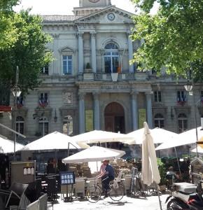 Ayuntamiento en la Place de l'Horloge.