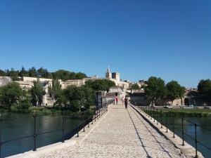 Puente St-Bénézet. Famoso y muy querido en Francia por la canción Sur le pont d'Avignon.