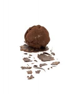 Juan Mari Arzak está considerado el autor, junto con Ferran Adrià, de la revolución gastronómica española. En la foto: Trufón de chocolate.