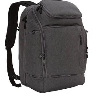 Para los viajeros que les encanta llevar todo bien organizado mediante los múltiples compartimientos de las mochilas.