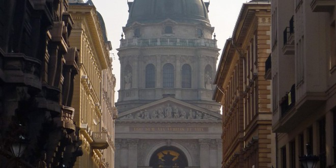 Basílica de san Esteban en Budapest. Foto: Glanthor (Indafotó) https://creativecommons.org/licenses/by-sa/2.5/hu/deed.en