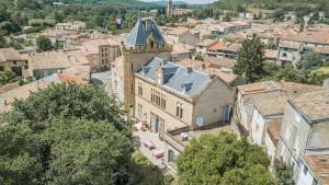 Château en la población de Chalabre, en Occitania, Francia.