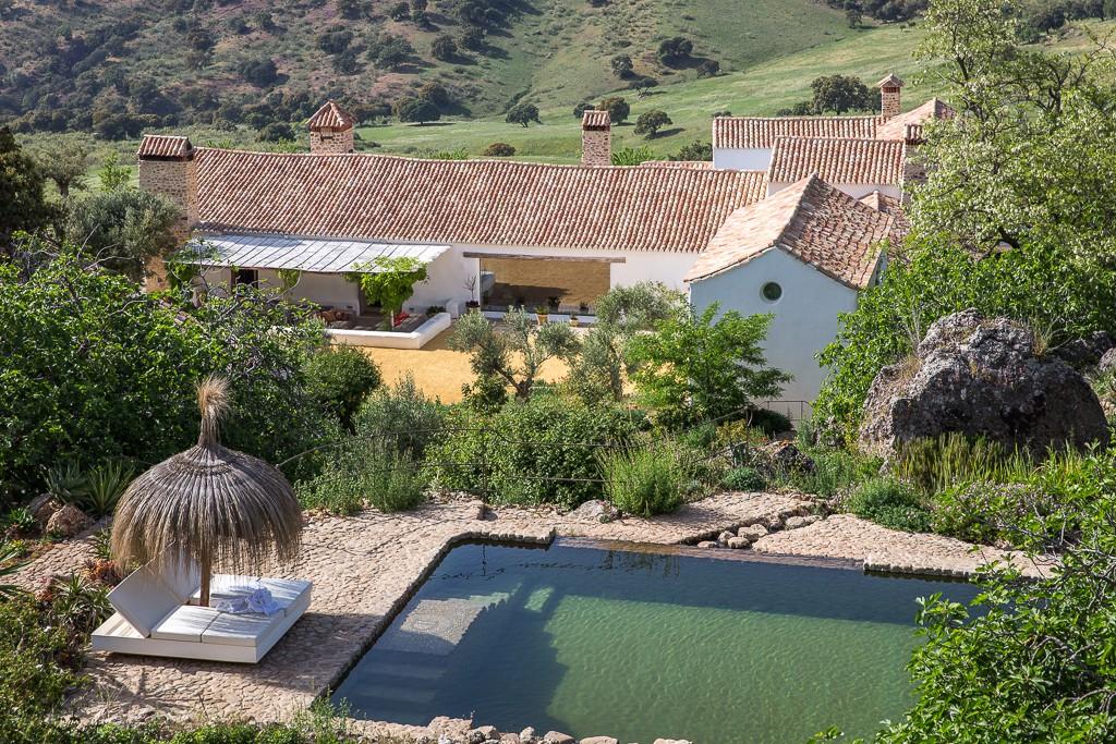 """Un Cortijo de 700 hectáreas para disfrutar del lujo """"slow"""" y de la ecología."""
