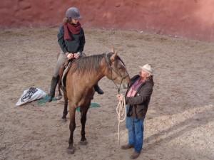 Todos los viajeros que llegan hasta aquí tienen la posibilidad de dar un paseo a caballo o practicar la equitación.