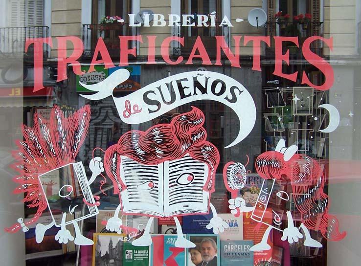Esta librería situada en la calle Duque de Alba, utiliza el libro como medio de transformación social.