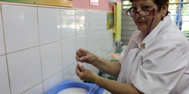 triple vírica al 80 de los menores de un año en Cuba