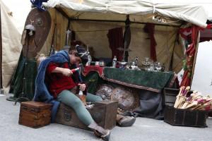 Herrería, alfarería, mimbre, incienso, madera, papel, perfume...