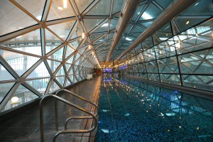 Piscina en Hamad International Airport.