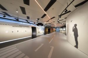 Los proyectores de funcionamiento silencioso dan vida al trabajo de Thomas Brezina en el centro de visitantes. Foto: Christie
