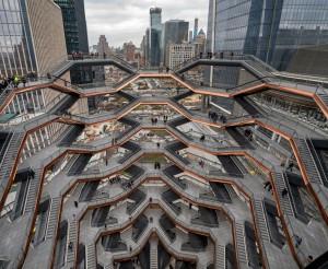The Vessel es la pieza central de Hudson Yards, un monumento y mirador diseñado por el arquitecto Thomas Heatherwic. Foto: 6sqft.com