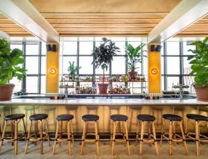 Lemon's es la nueva terraza de verano en la azotea del hotel Wythe de Brooklyn.