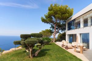 Jardines de Villa Blue en Ibiza.