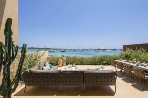 En Villa Breeze (Mallorca) puede servirte la cena el cocinero Iván Muñoz.