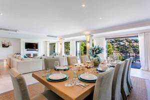 Los precios de esta propiedad en Mallorca, Villa Love, van de 3.581 a 8.481 euros por noche.